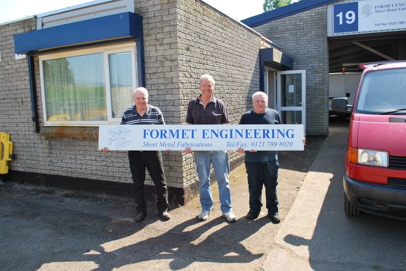 Formet Engineers call it a day. Donated by Pete Buchanan.